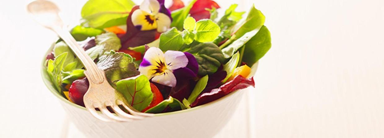 Salade van bloemen